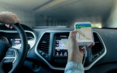 Влада планує продавати таксистам патенти на роботу