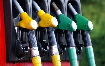 С 01.07.2019 года вводится лицензирование всех субъектов хозяйствования, осуществляющих производство, хранение горючего, оптовую и розничную торговлю топливом