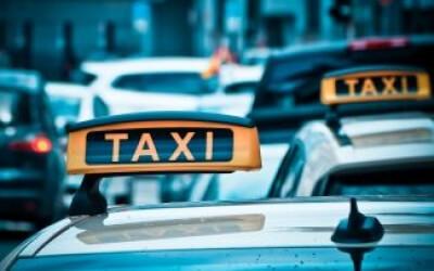З 01.01.2018 р. національна поліція буде масово перевіряти у перевізників таксі наявність ліцензії на перевезення пасажирів.