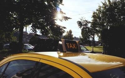 Правительство облегчило жизнь таксистам